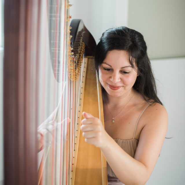 Lily Press, harpist